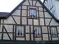 Arweiler wallpapered house